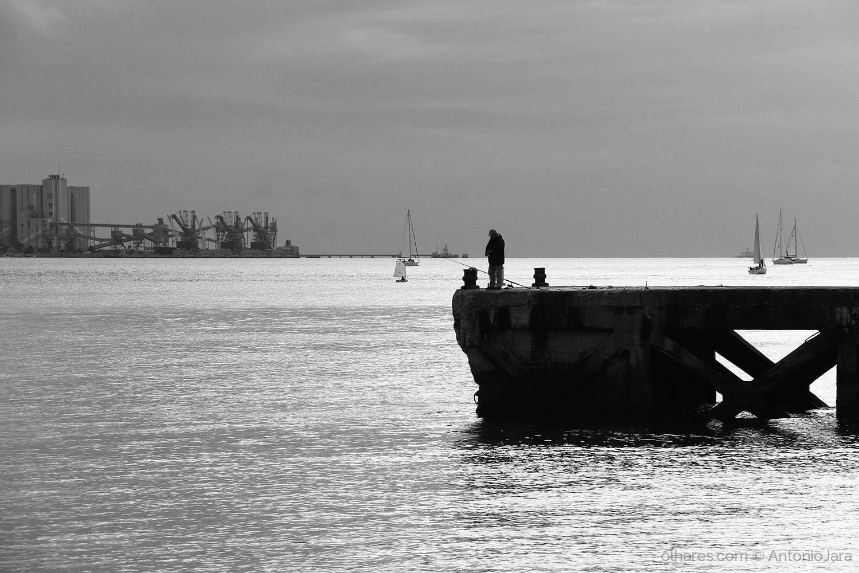 Gentes e Locais/Pescador do Tejo (Lisboa )