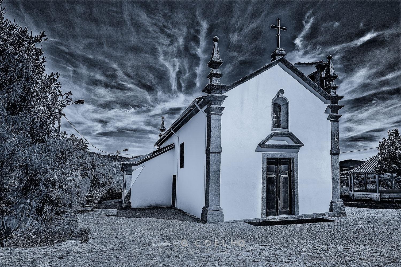 História/igreja Sardoura