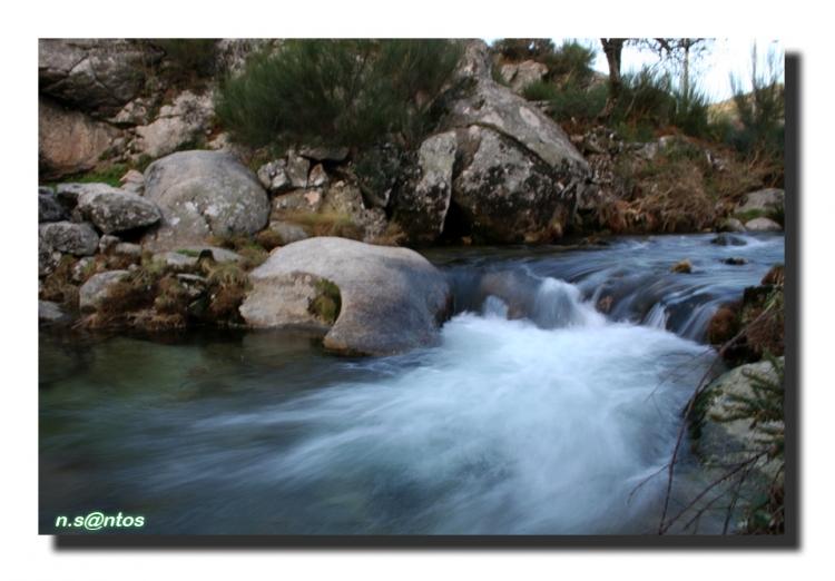 Paisagem Natural/água que corre...