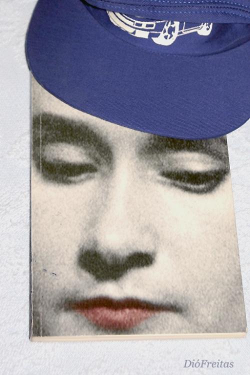 Abstrato/Livro