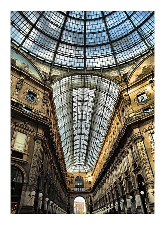 Gentes e Locais/Milão