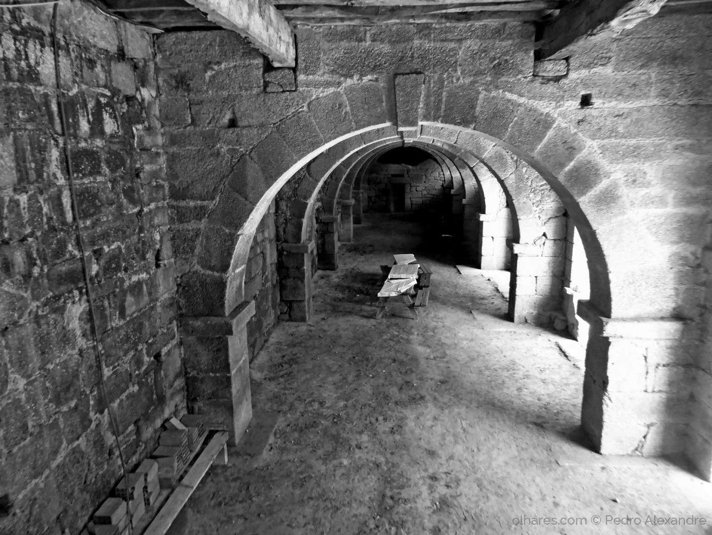 História/Mosteiro de Santa Maria do Bouro