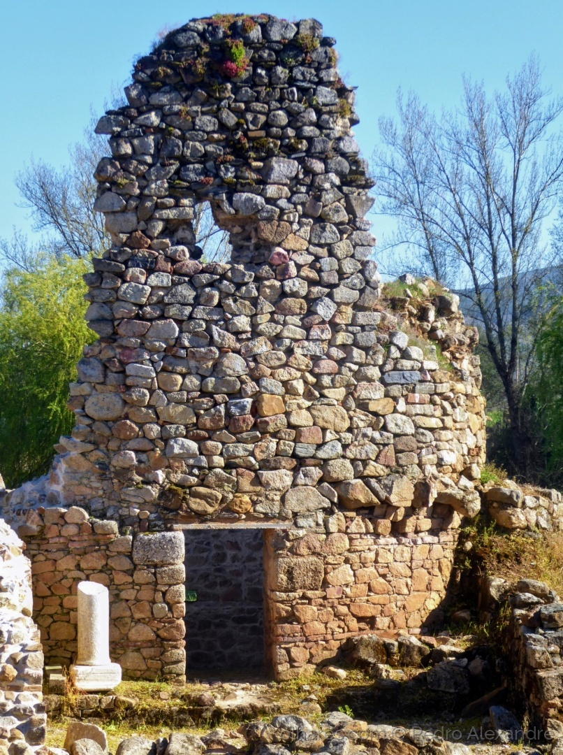 História/Cidade Romana de Ammaia - Resto de uma das torres