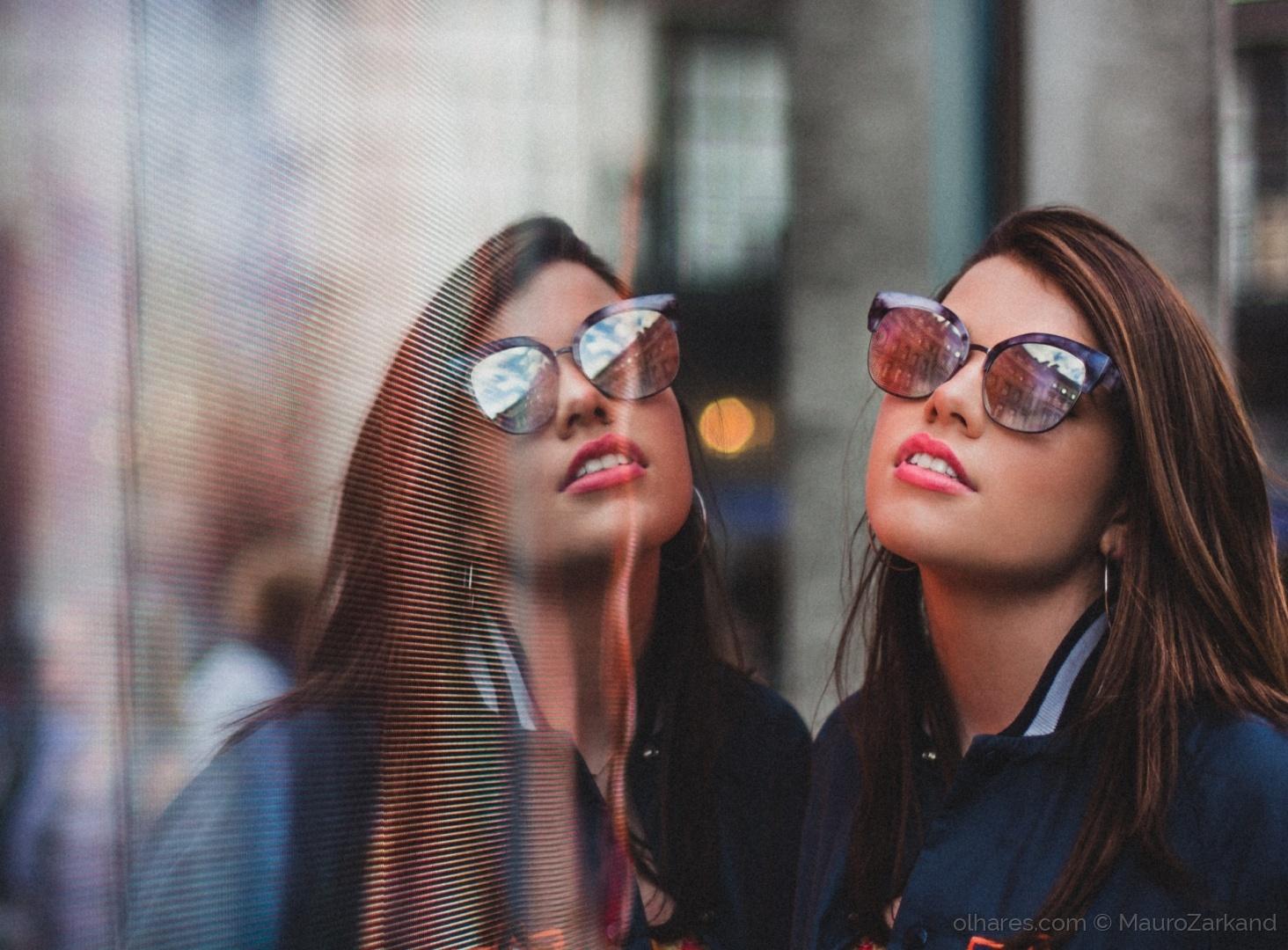 Moda/Olhares eletrônicos