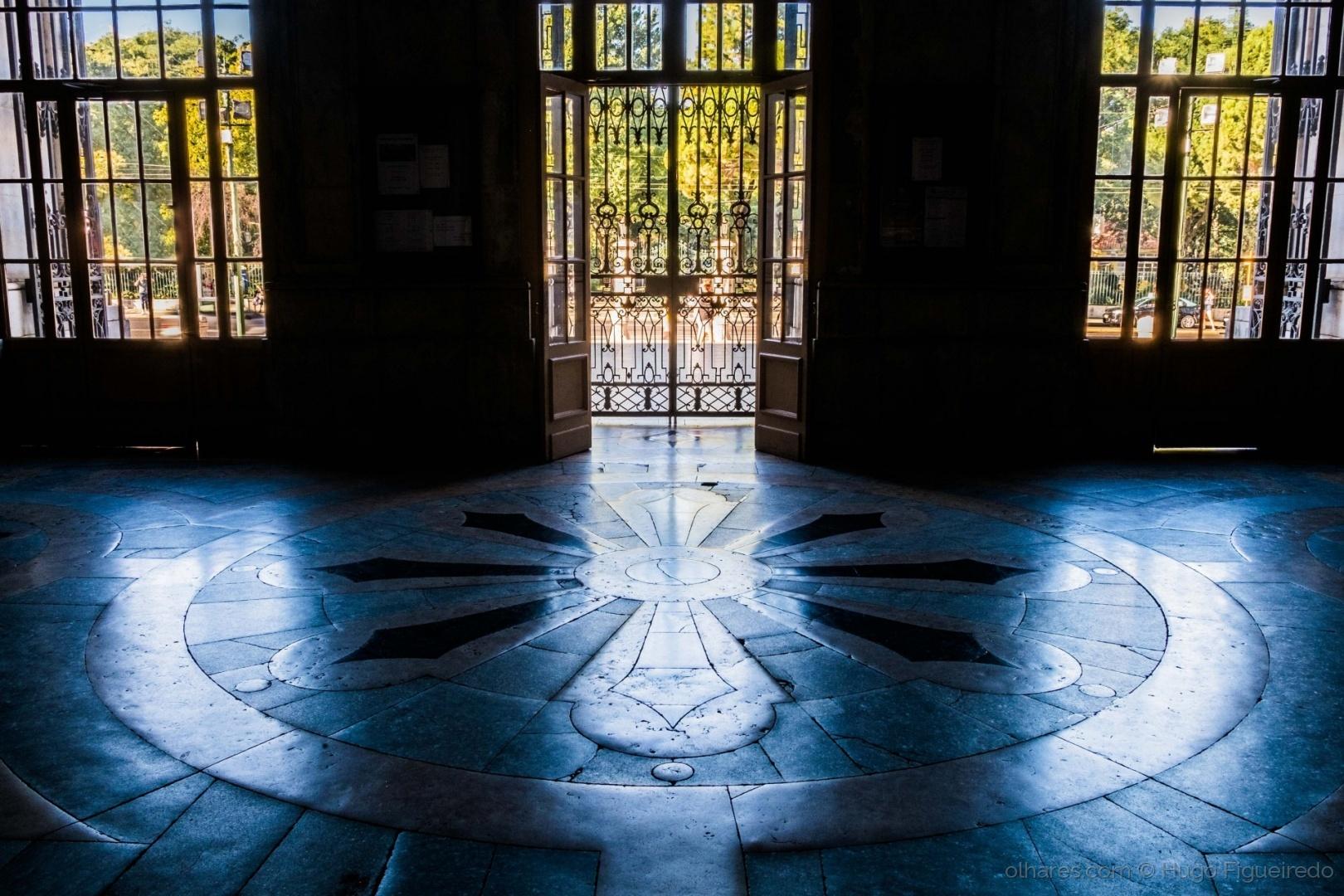 História/Entrada da  Basilica da Estrela.