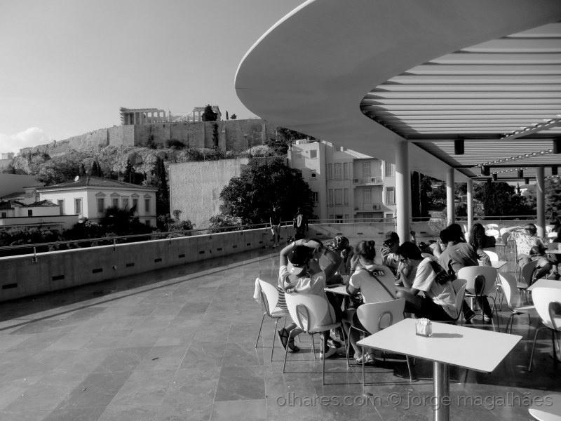Gentes e Locais/O Parthenon desde a esplanada (ler)