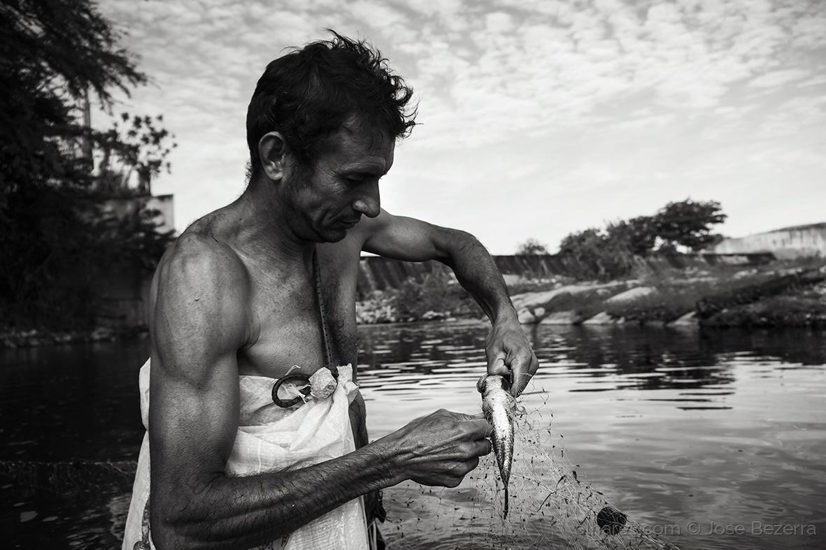 Fotojornalismo/Pescador de traíra...