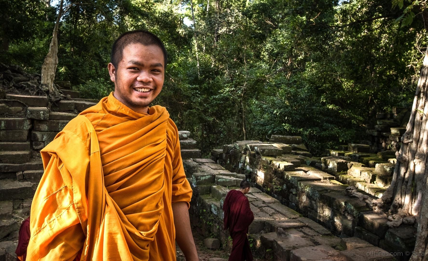 Gentes e Locais/...belo o sorriso do Monge