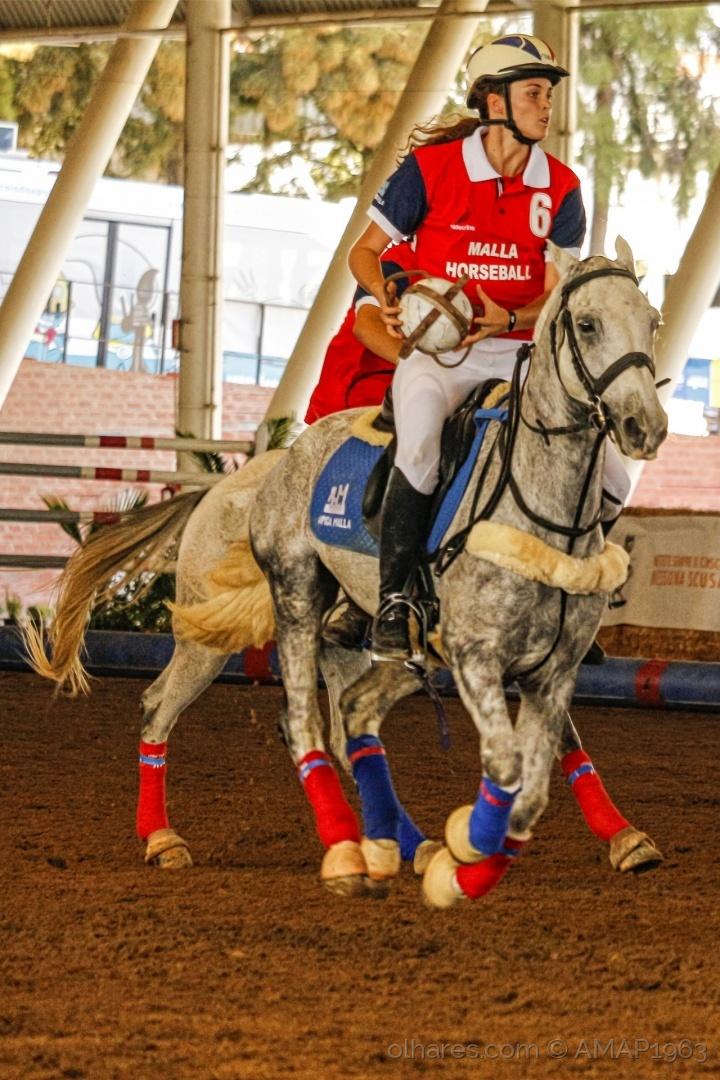 Desporto e Ação/HORSEBALL NO FEMININO  ( VER DESC. )
