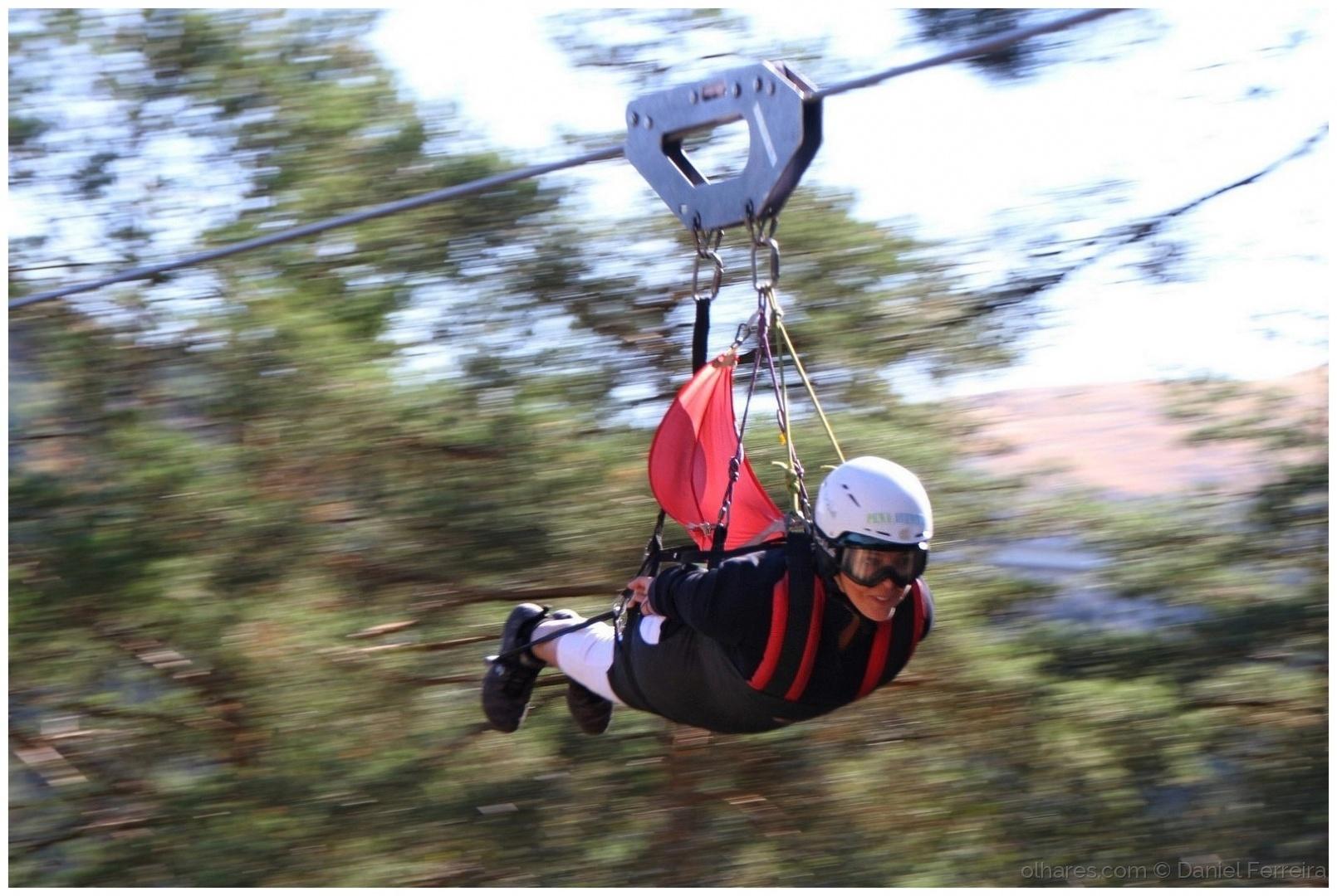 Desporto e Ação/Um voo entre montanhas