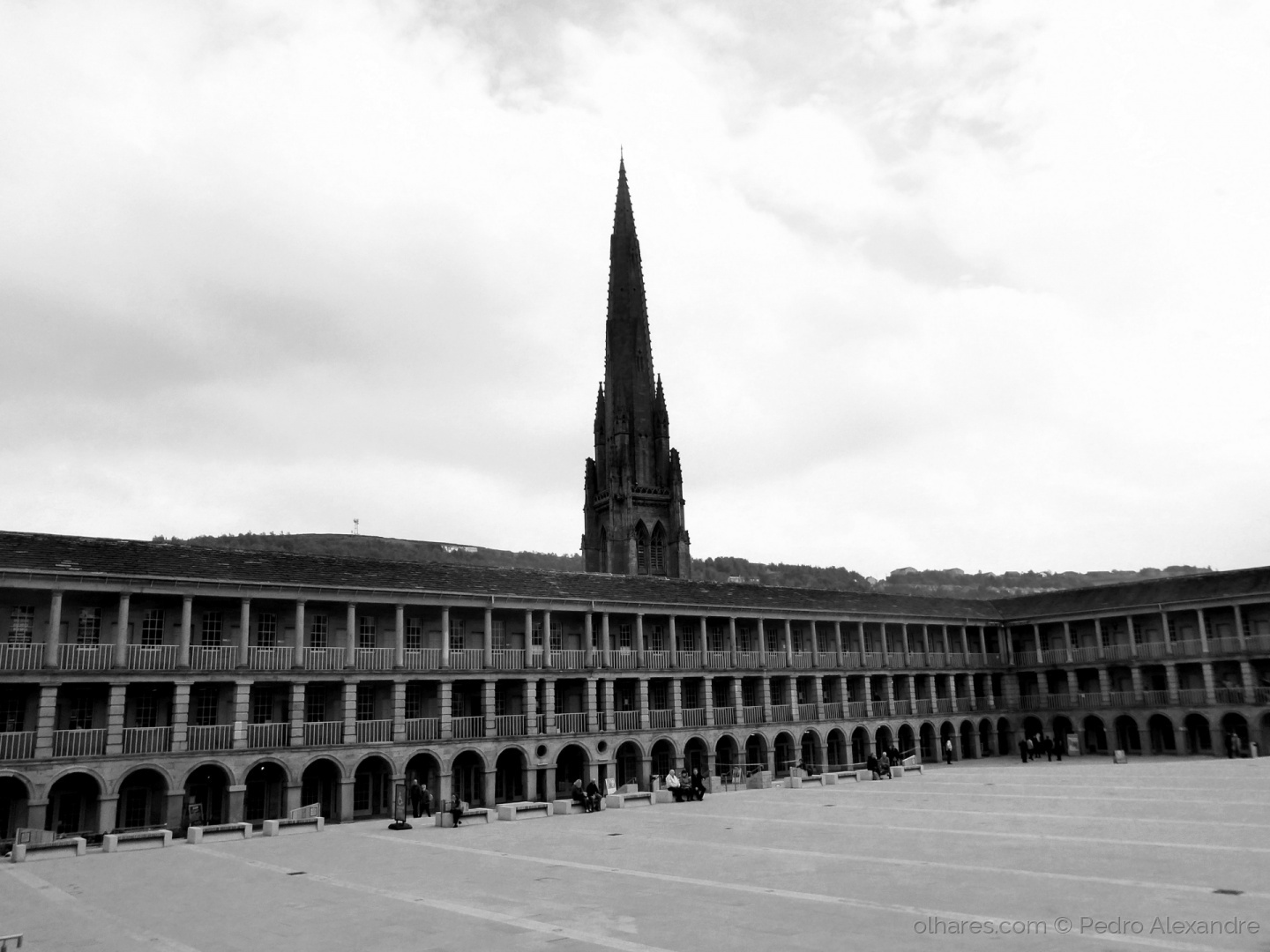 Gentes e Locais/The Piece Hall