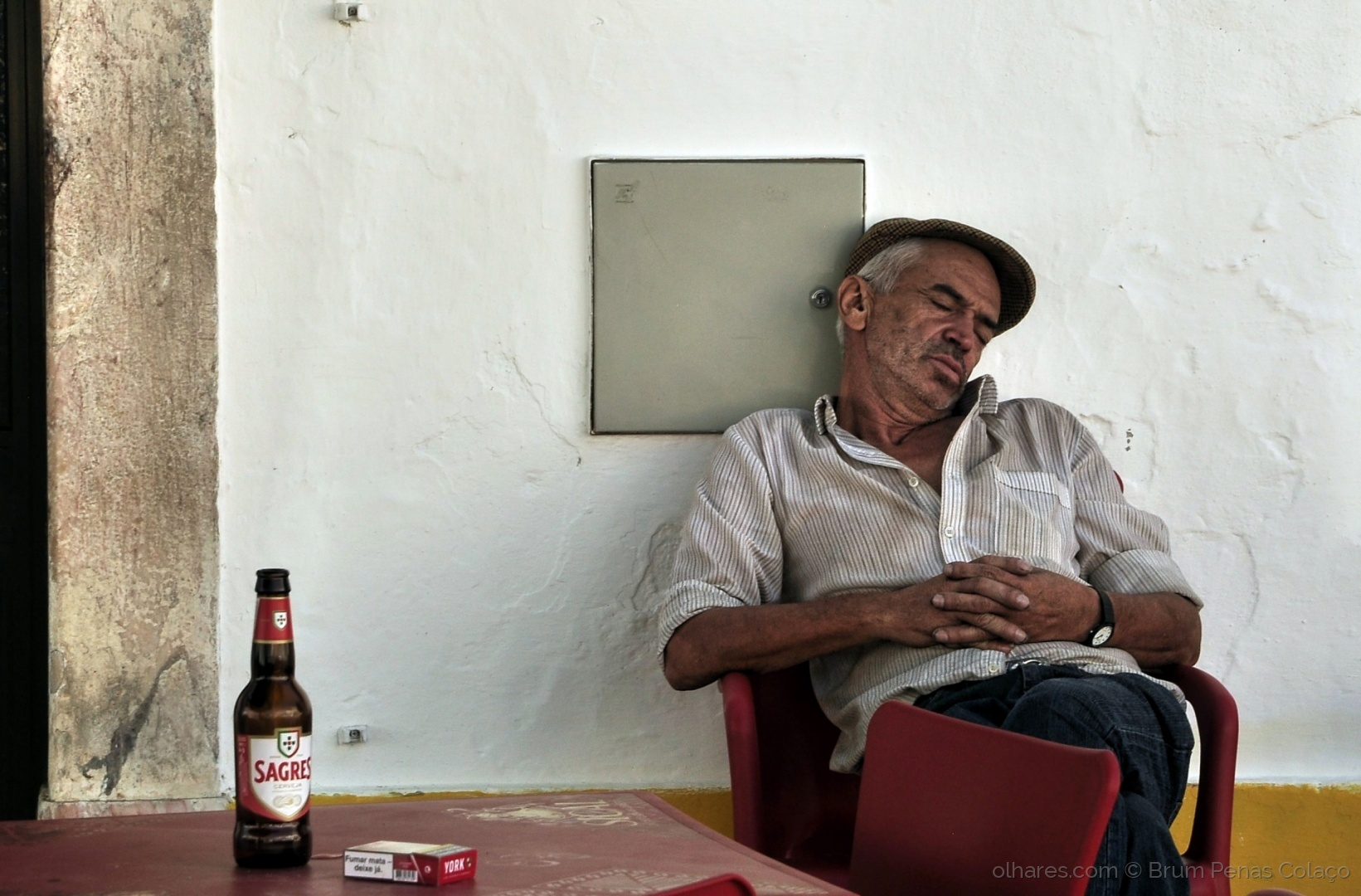Retratos/ A FELICIDADE PODE SER TÃO SIMPLES