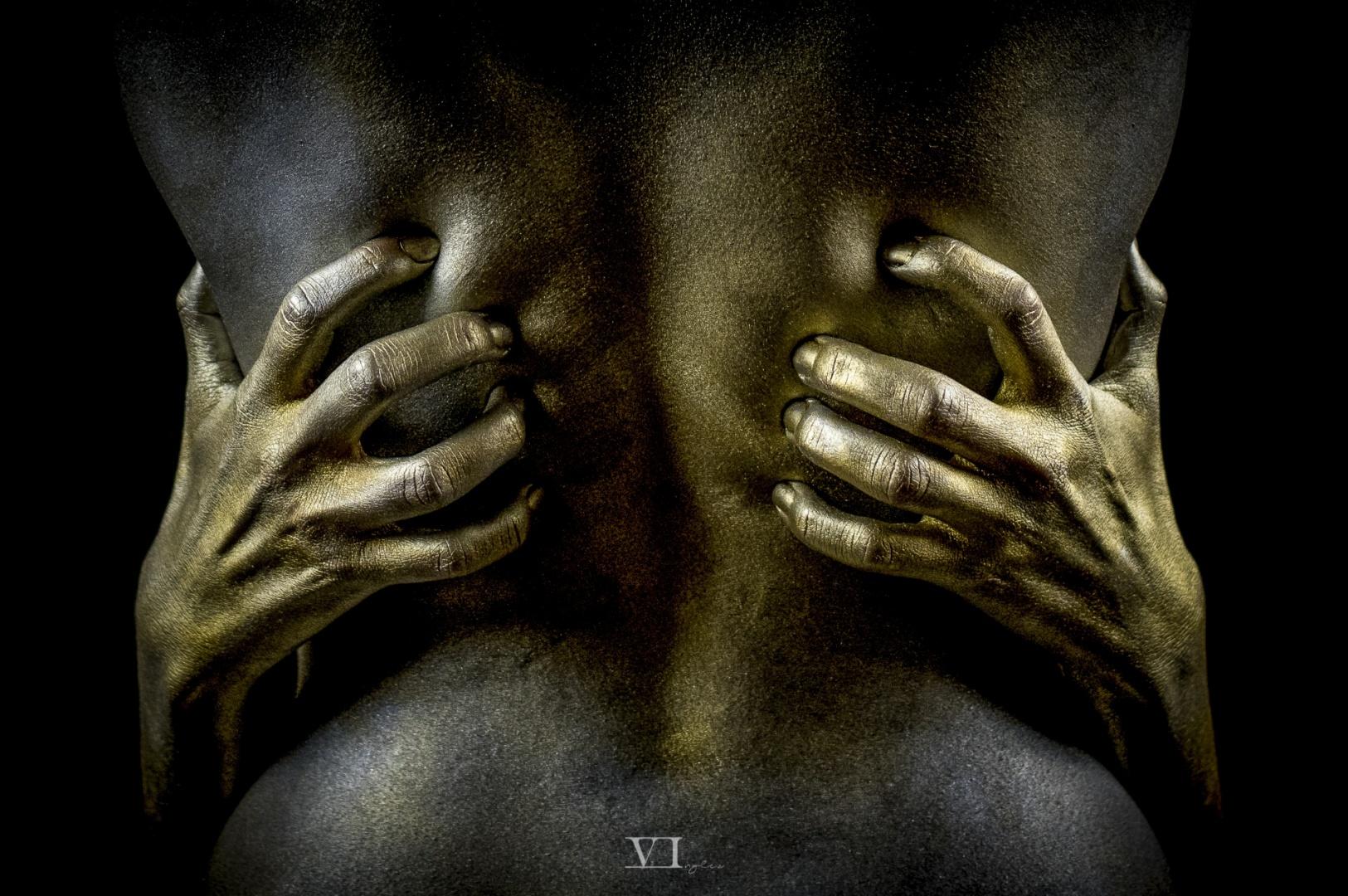 Outros/As mãos de Midas