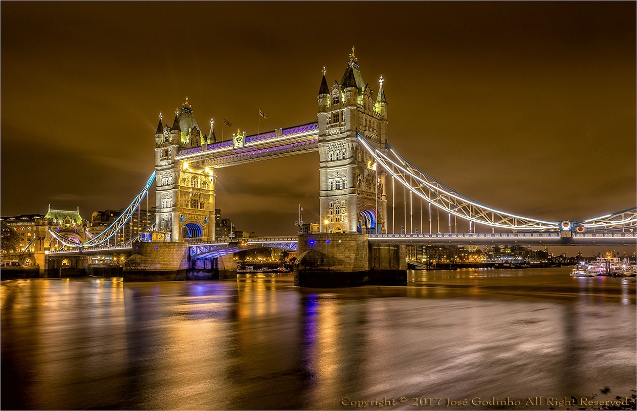 Paisagem Urbana/Tower Bridge - Londres