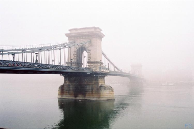 Paisagem Urbana/névoa sobre Budapeste