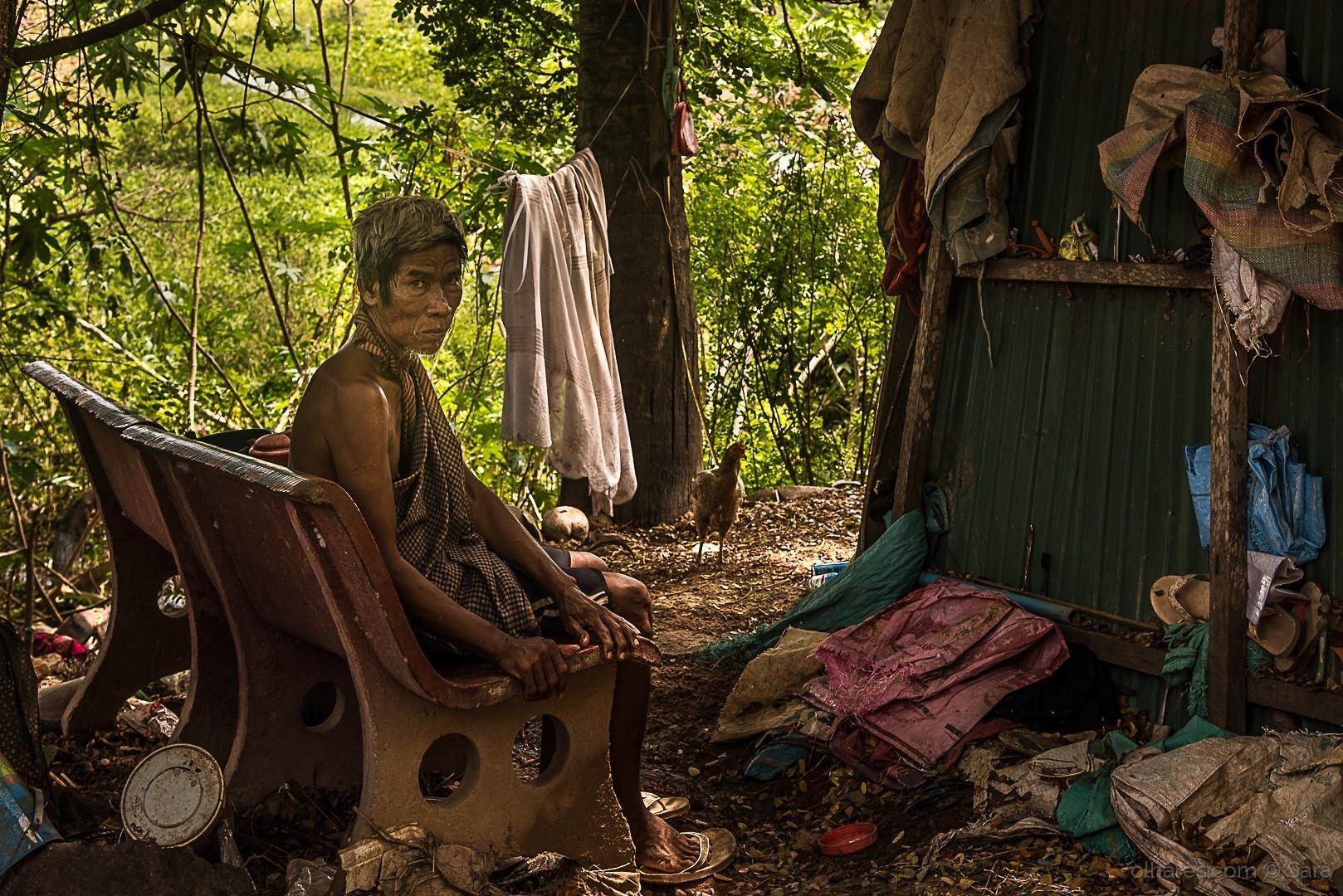 Fotojornalismo/Um homem da Terra e da Guerra (Cambodja)