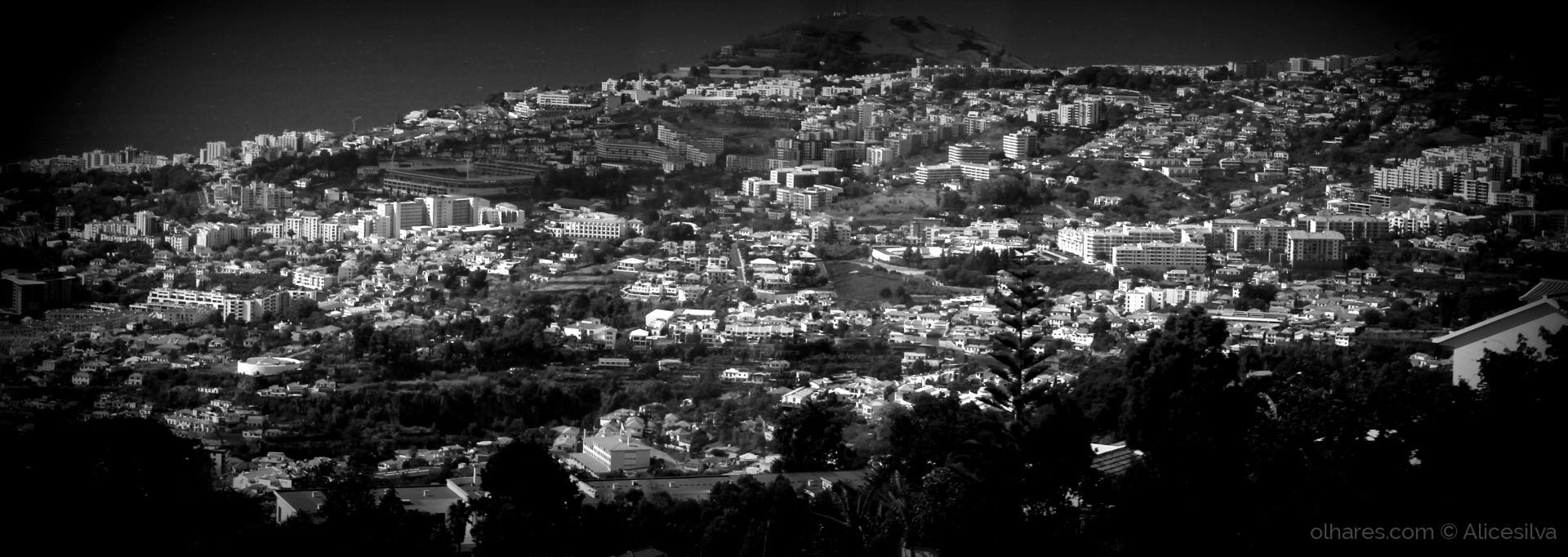 Paisagem Urbana/Funchal..........