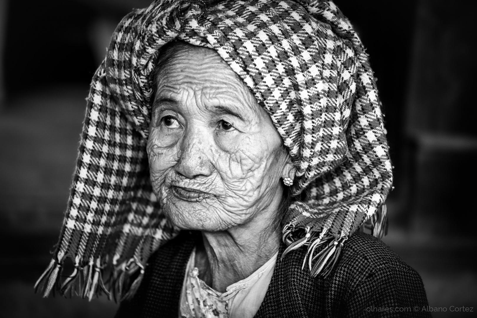 Retratos/Burmese face.