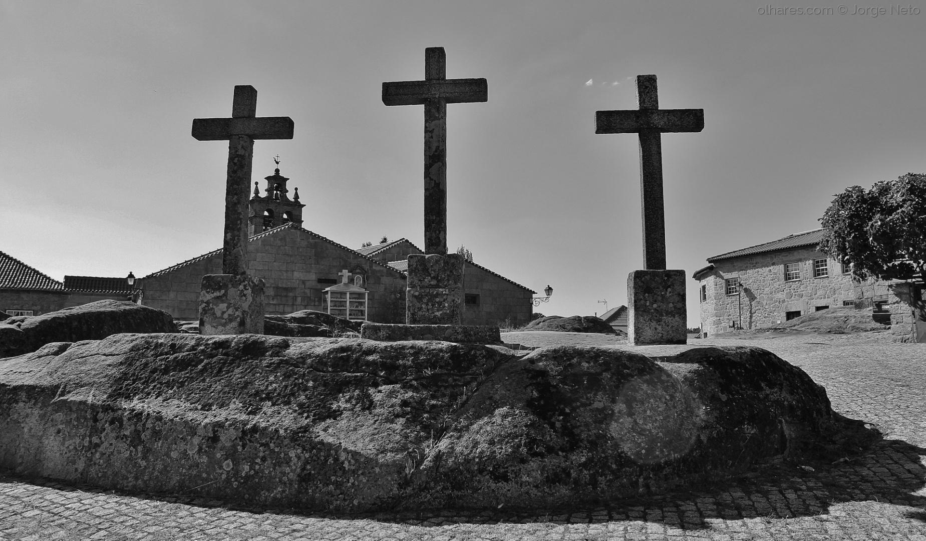 Gentes e Locais/As Três Cruzes