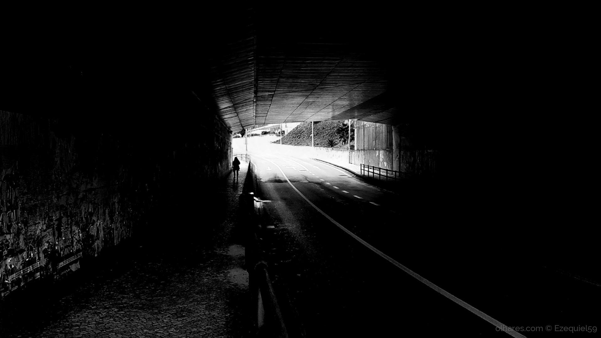 Paisagem Urbana/Da luz e das sombras (Ler descrição)