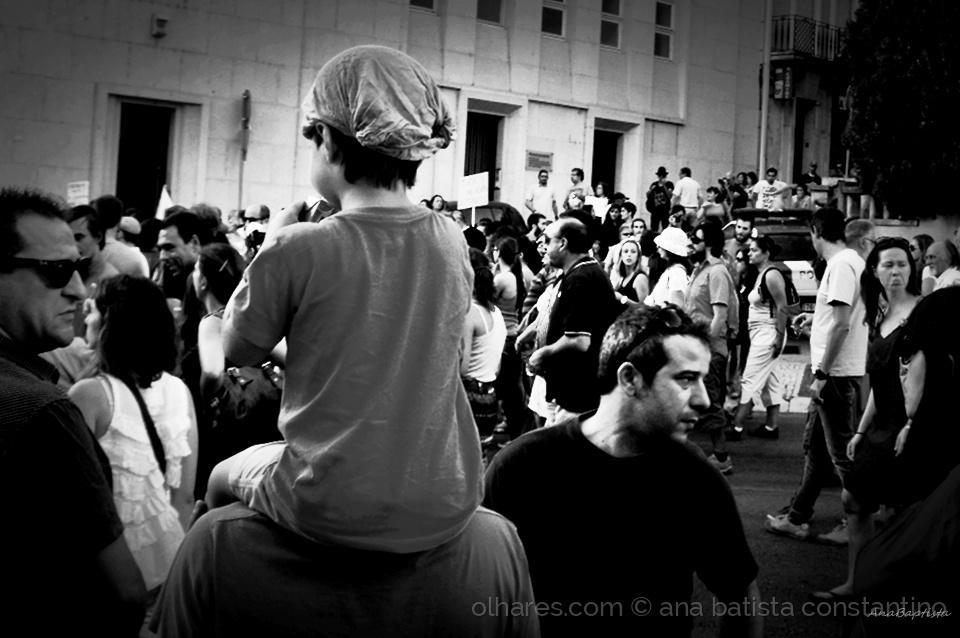 Fotojornalismo/O povo saiu à rua