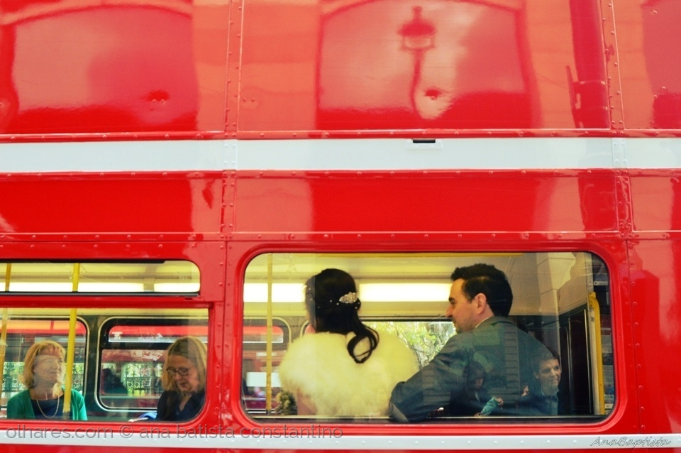 Fotojornalismo/the mariage bus in London