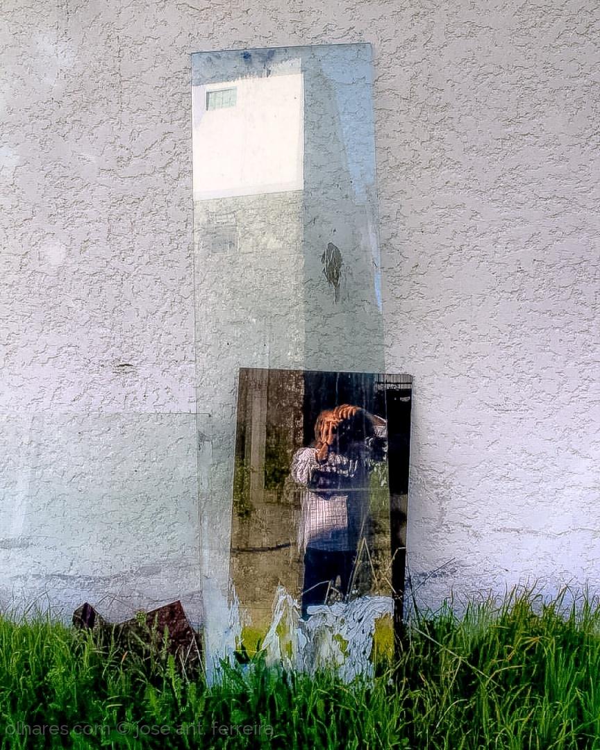 Retratos/auto retrato. ler sff.