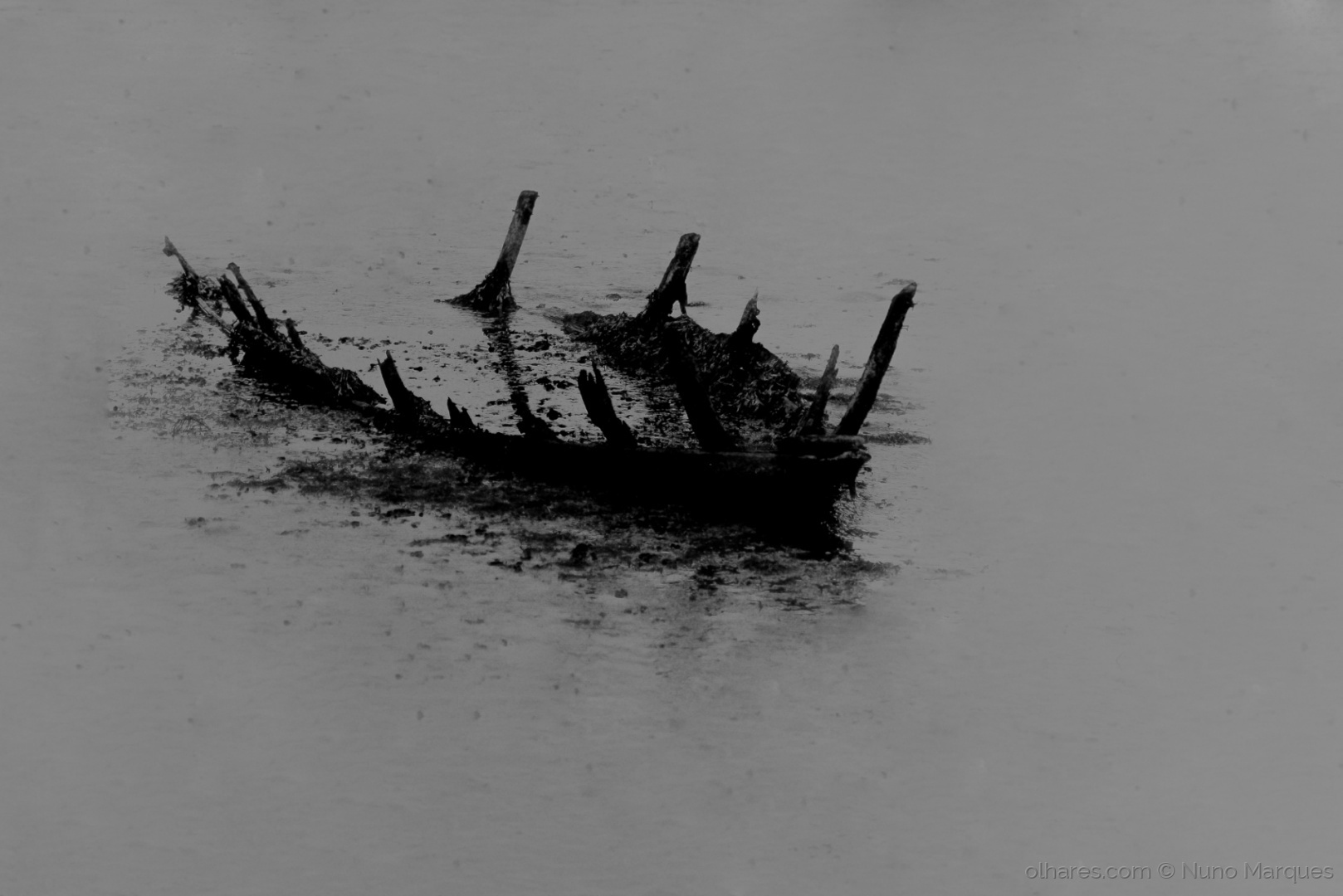 Abstrato/Forgotten wreck