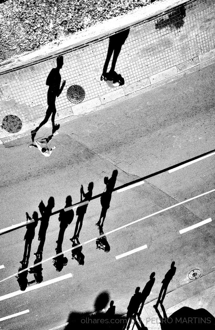 Desporto e Ação/A CORRIDA DAS SOMBRAS
