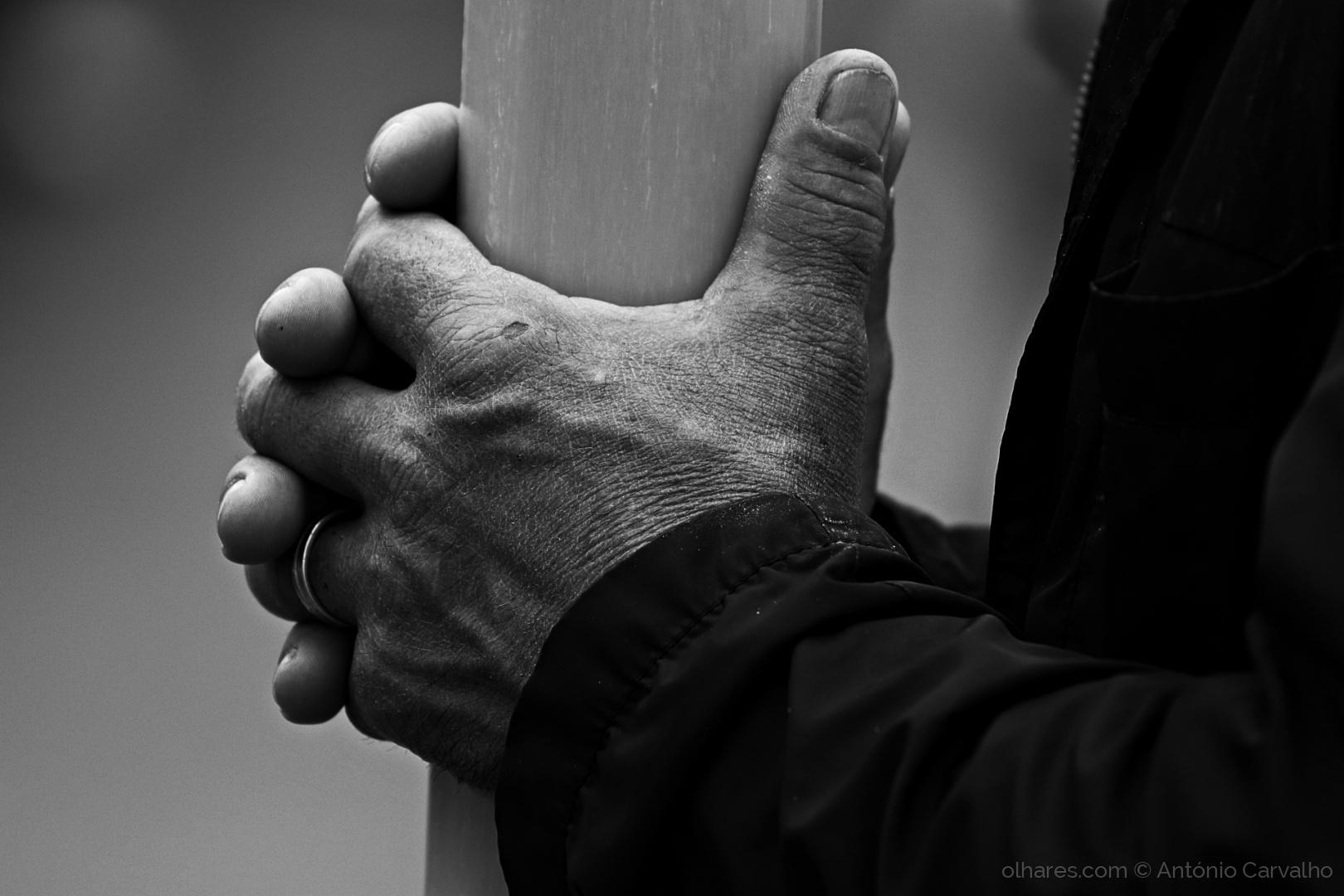 Gentes e Locais/Mãos (ler)