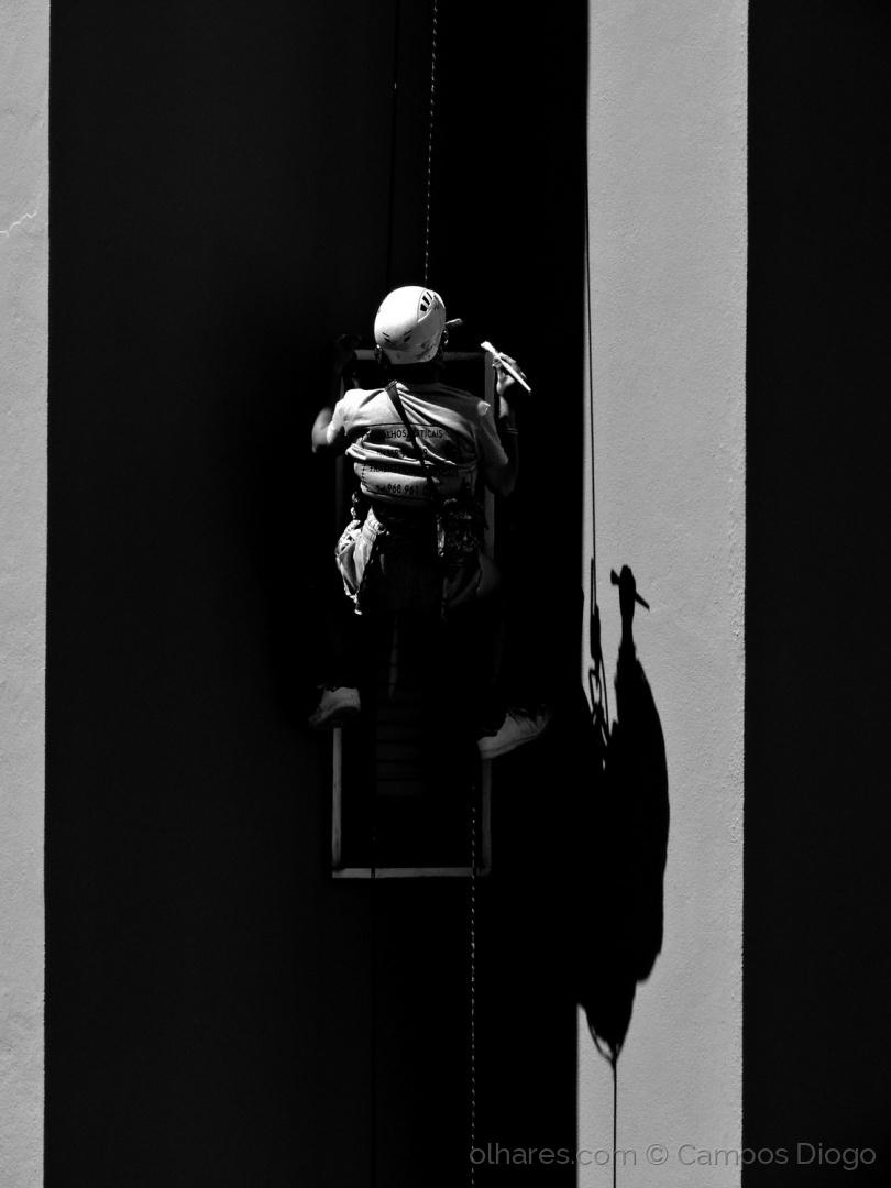 Gentes e Locais/Pintor na corda bamba