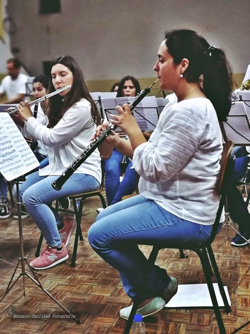 Espetáculos/Jovens na Musica (ler)