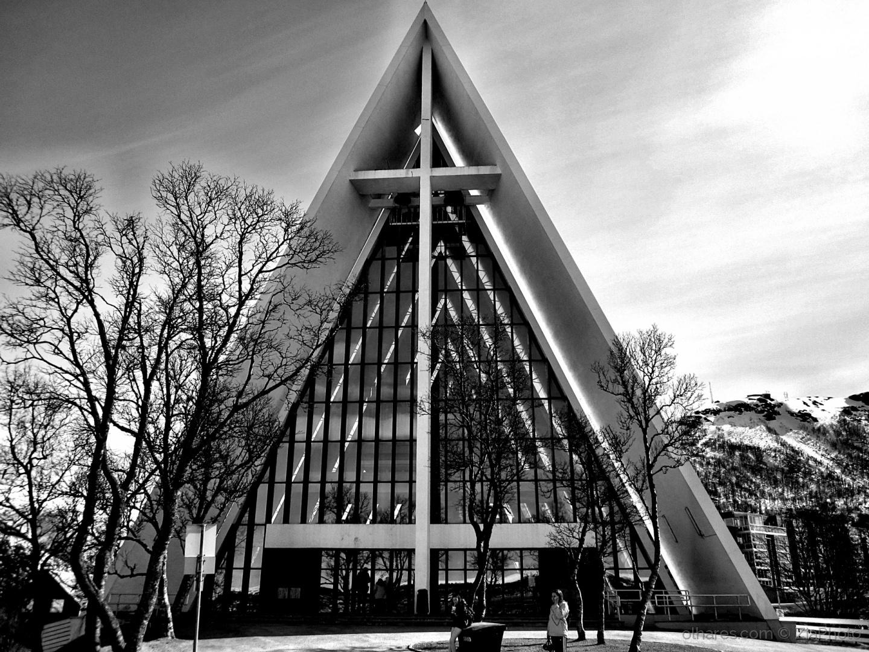 Arquitetura/Arctic Cathedral