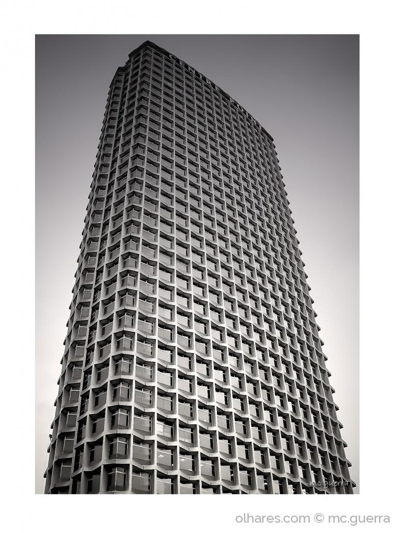 Arquitetura/  Centre Point…