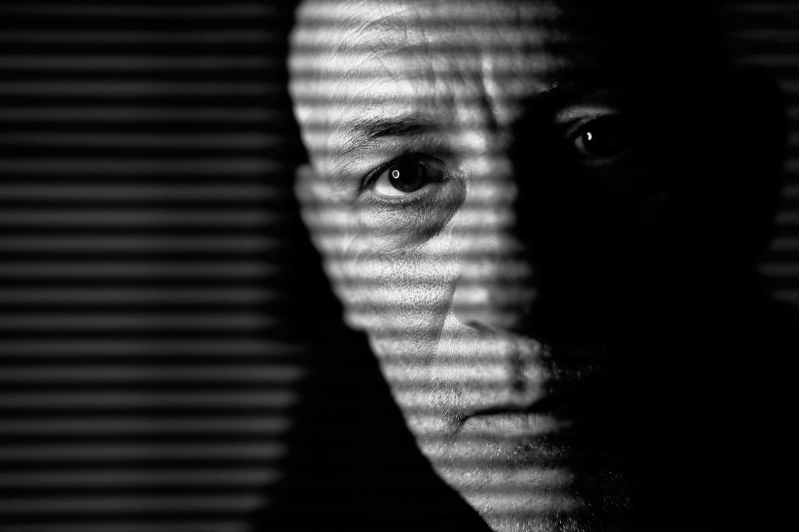 Retratos/retrato com riscas