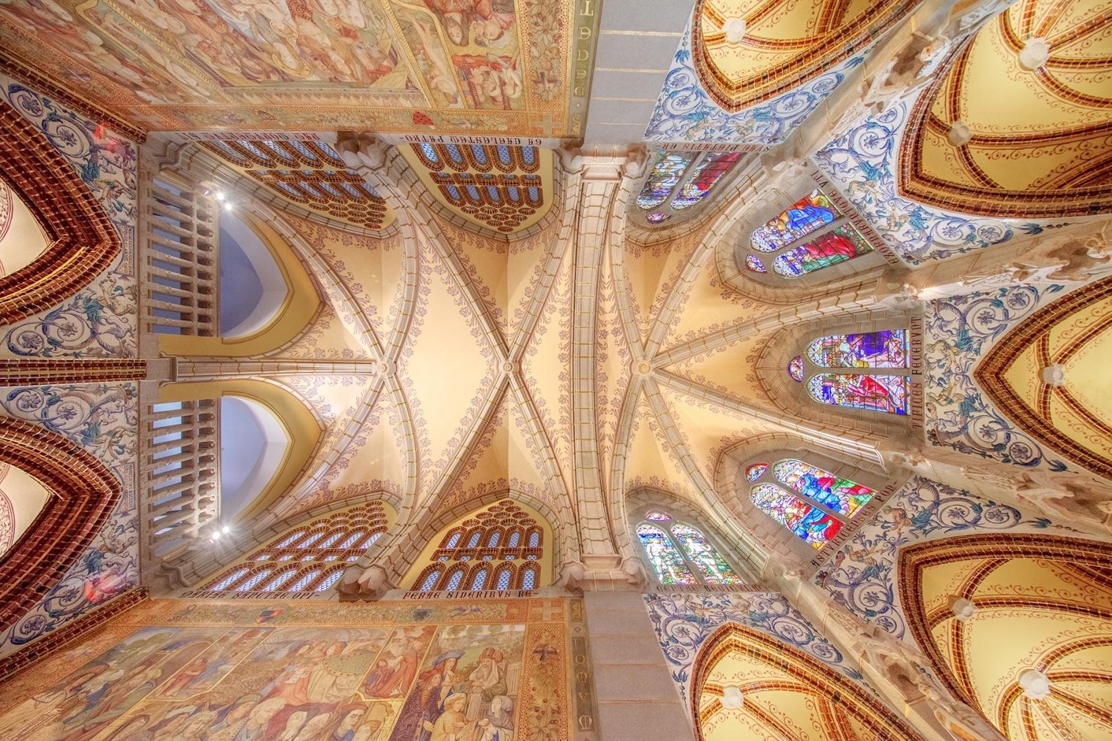 Arquitetura/Adoro Gaudi