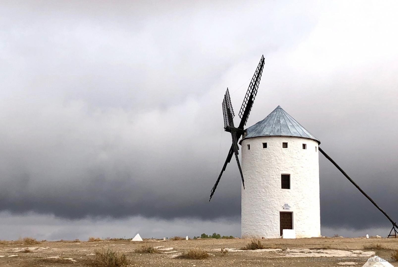 Gentes e Locais/Moinho em La Mancha-Espanha