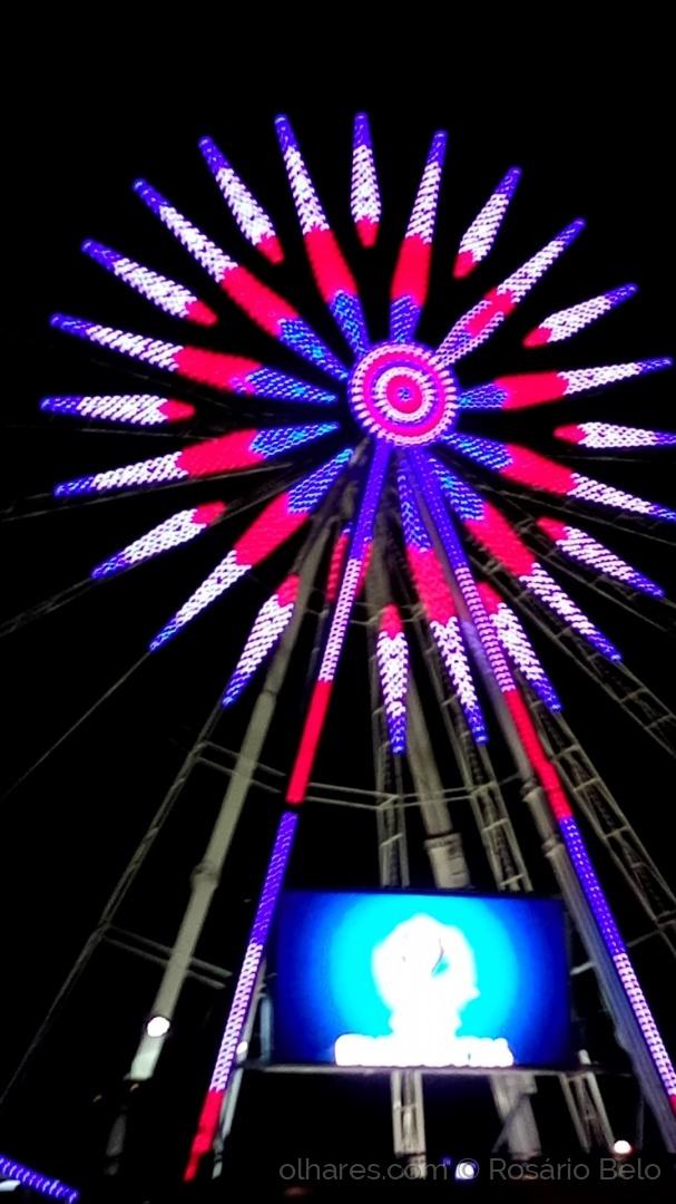 Abstrato/Roda gigante