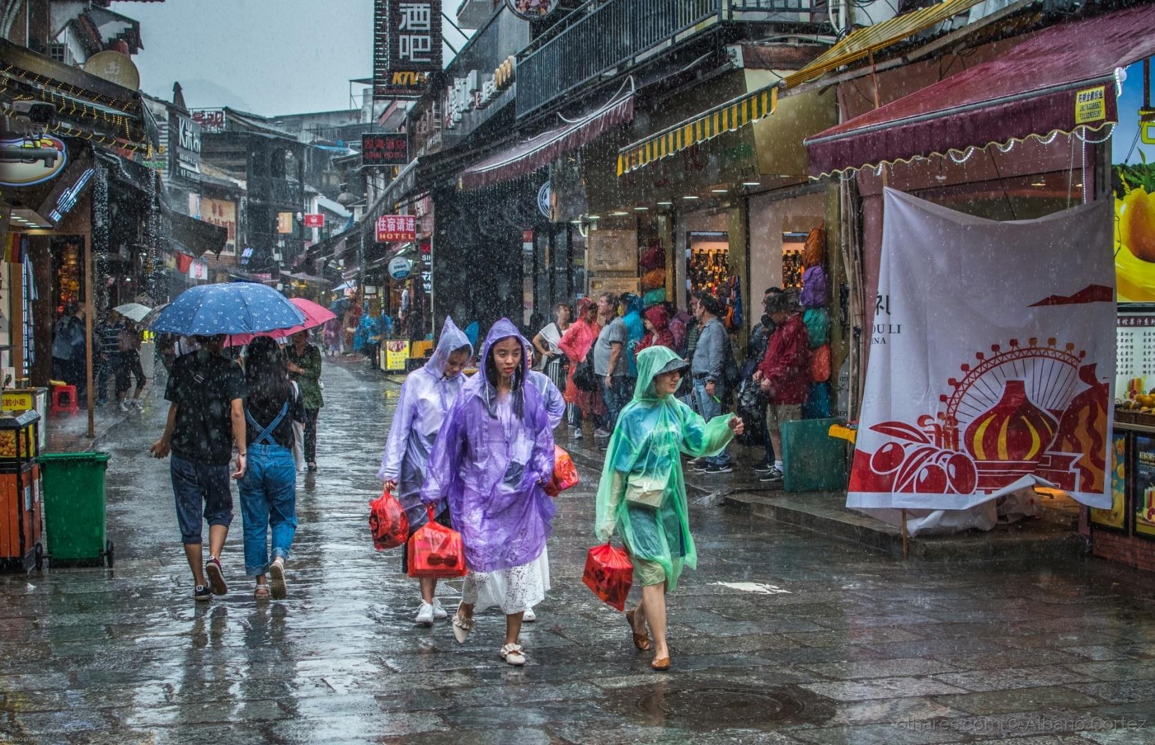 Fotojornalismo/Mais um dia de chuva.