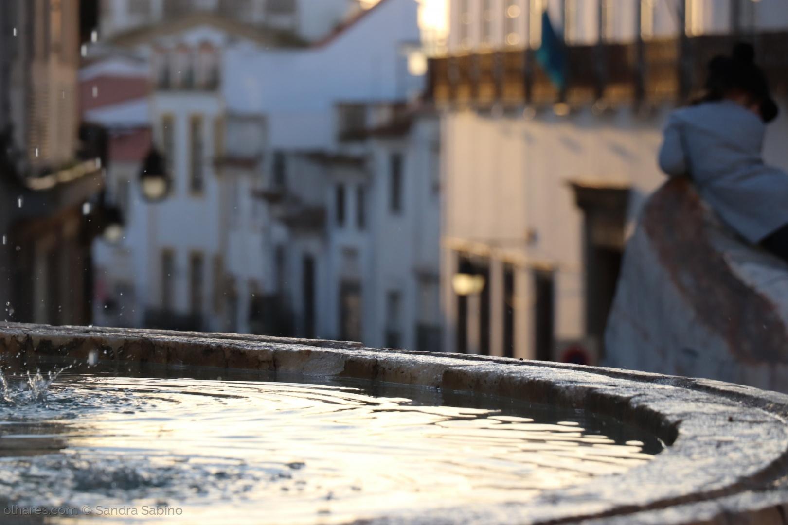 Gentes e Locais/Fonte da Praça do Giraldo
