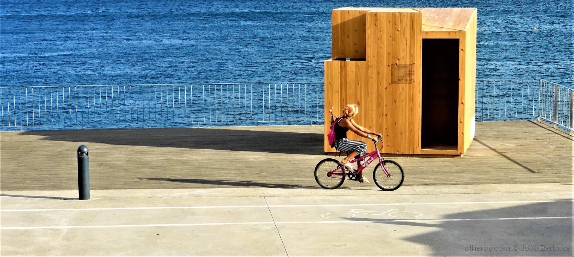 Desporto e Ação/Riding ALONE ( 2 ) .