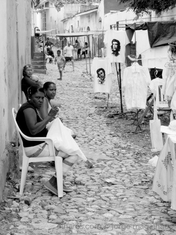 Fotojornalismo/R(o)estos da Revolução