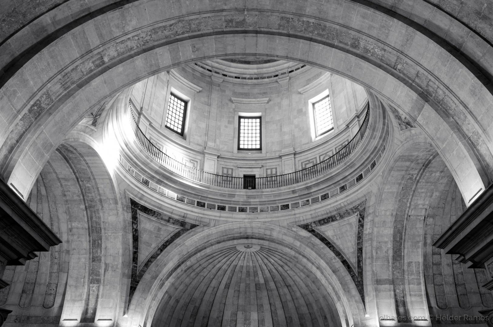 Arquitetura/As simetrias de João Antunes