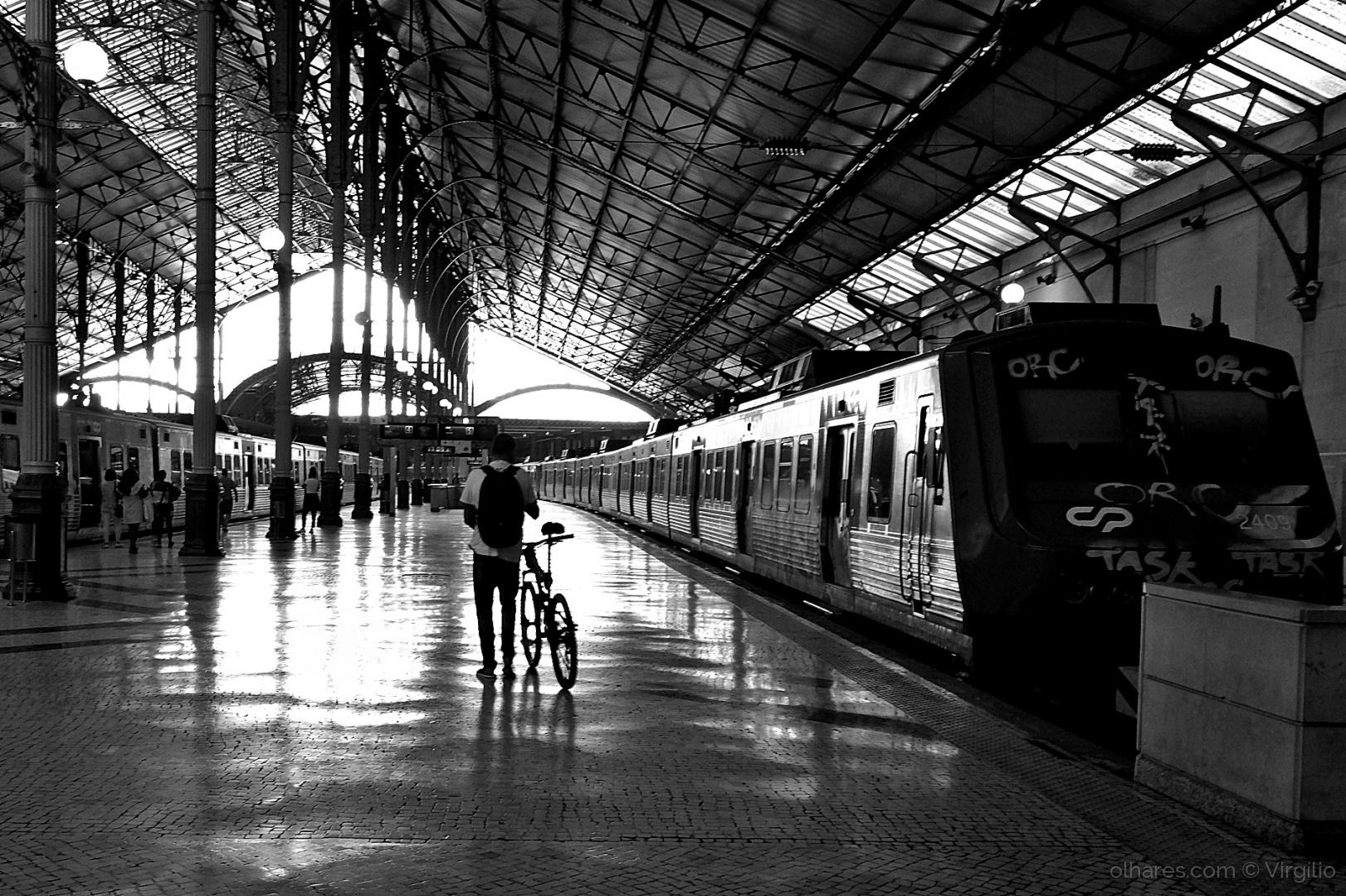 Outros/Na estação...