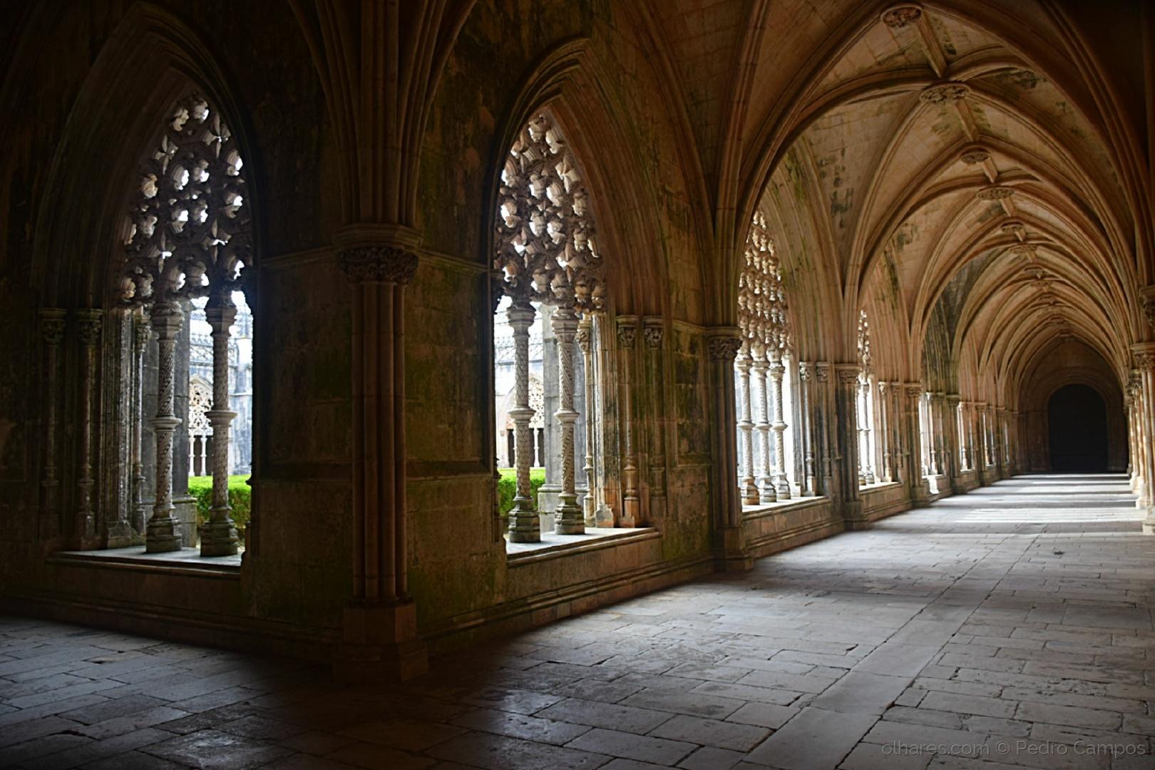 História/O silêncio dos claustros