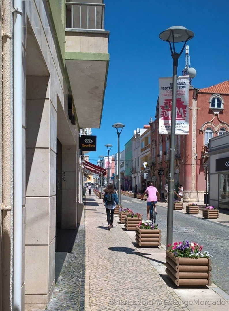 Gentes e Locais/Uma rua deserta