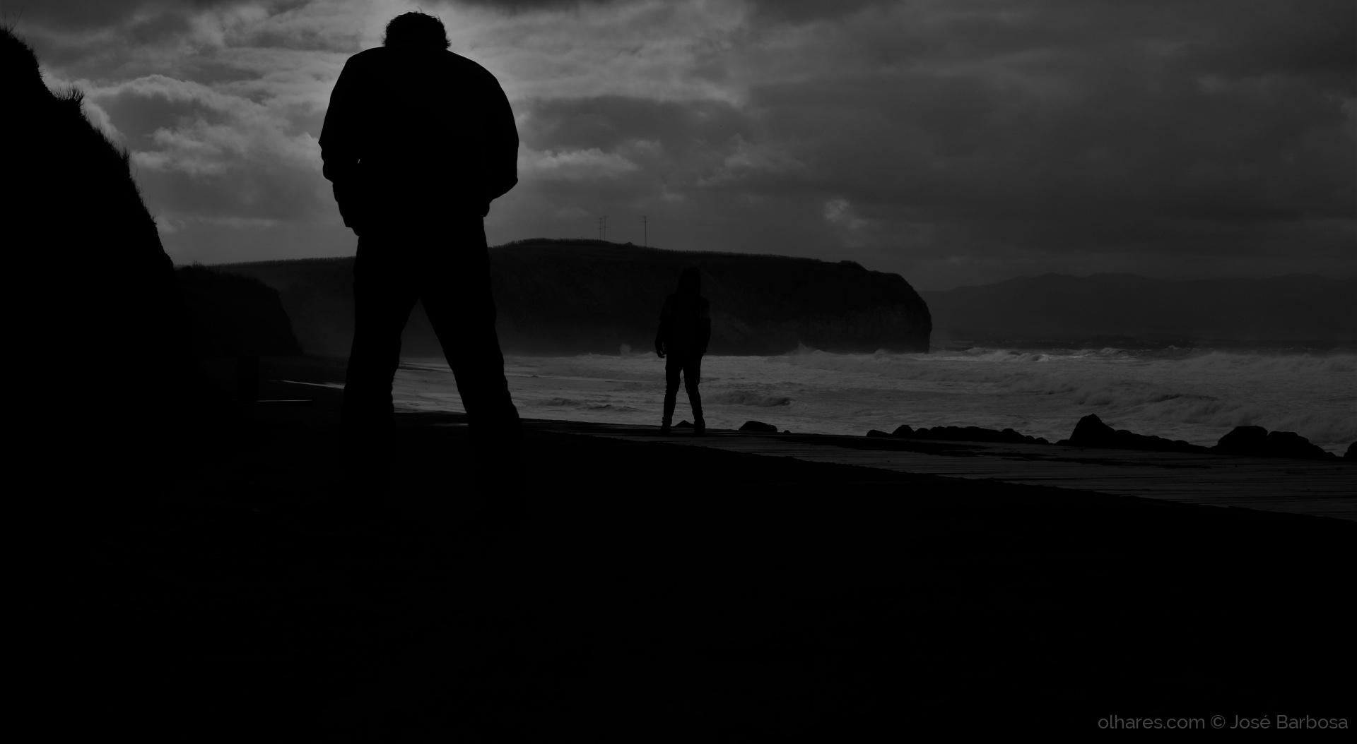 Gentes e Locais/the DUEL of lonely souls . ( desc . ) .