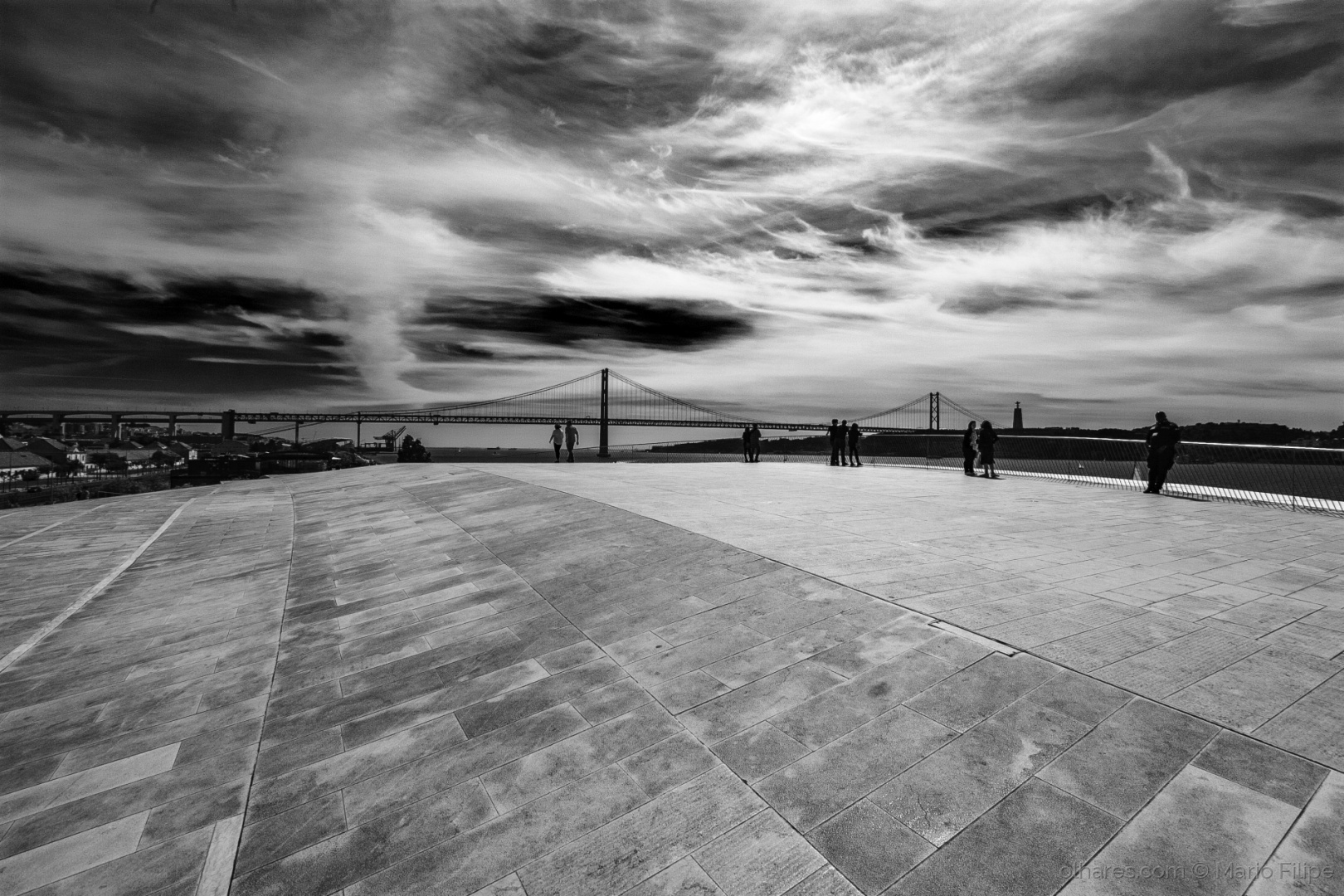 Arquitetura/light and humanized architecture in Lisbon