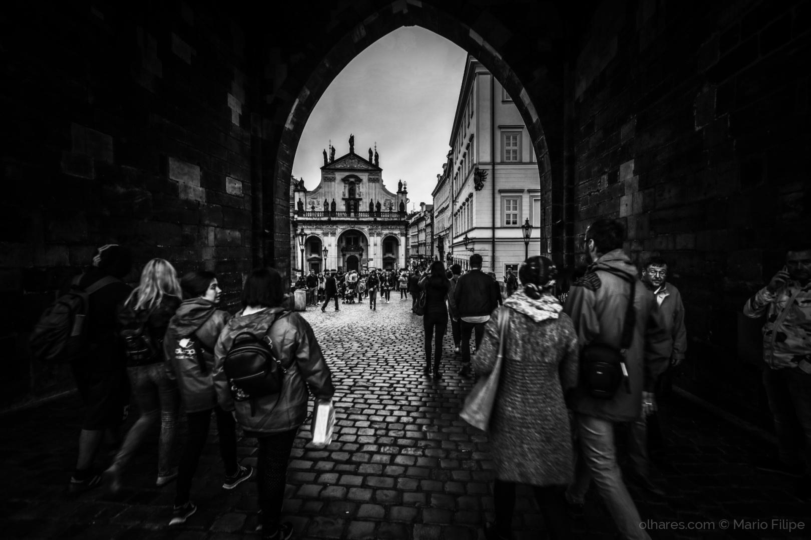 Gentes e Locais/street photography in prague