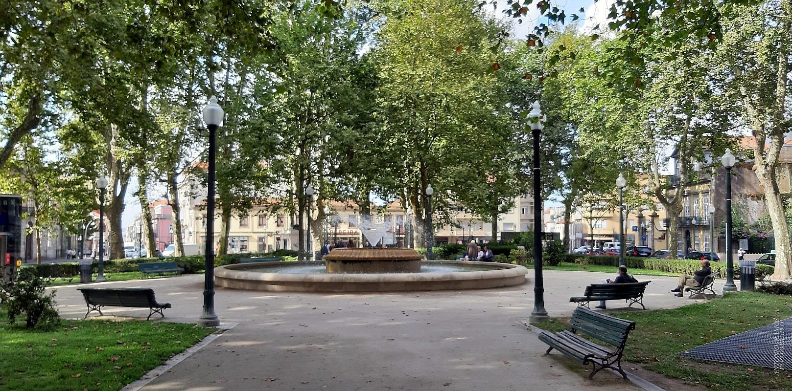 Gentes e Locais/Praça  Marquês de Pombal  (Abra a imagem p.f.)